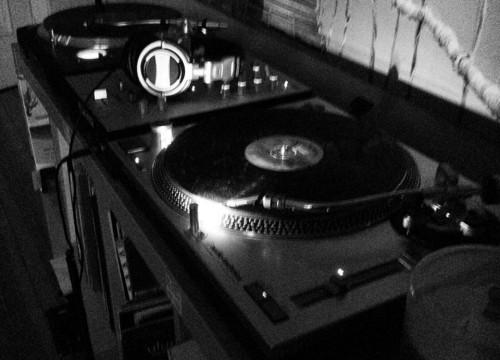 Vinyl never DIES!